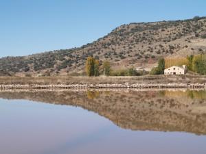 Las salinas de Imón, en Guadalajara, por las que discurre una de las Rutas de Don Quijote. Están catalogadas como Bien de Interés Cultural, aunque su protección ha sido a todas luces insuficiente